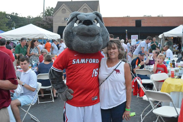 The Samford Bulldog in the house