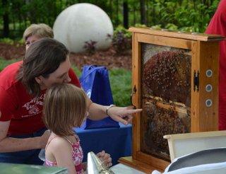 0413 Botanical Gardens Earth Day