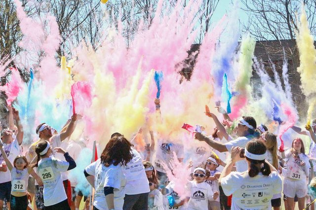 VL-EVENTS-ColorRun-1.jpg