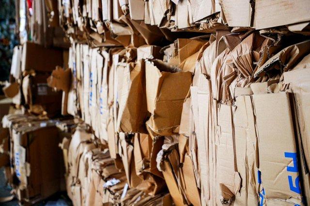VL-COVER-Recycling_SNF_8228.jpg