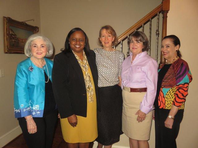 VV VL COMM WomensCommitteeOfficers2.JPG
