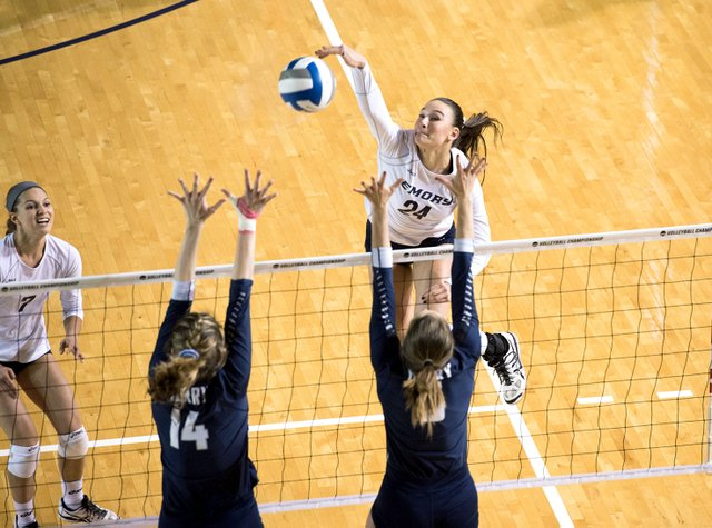 VL-B-COVER-Volleyball-2017-1111-Emory-vs-Berry-VB-5409.jpg