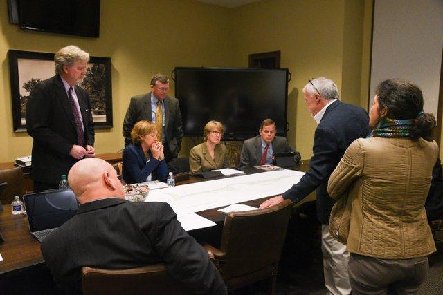VL CITY Council 11-13-4.jpg