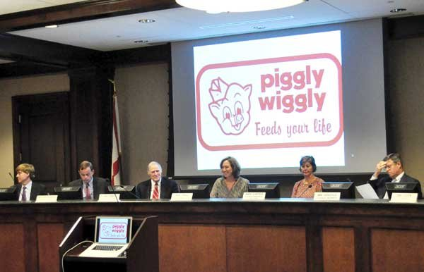 Council listens to resident's plea for Piggly Wiggly