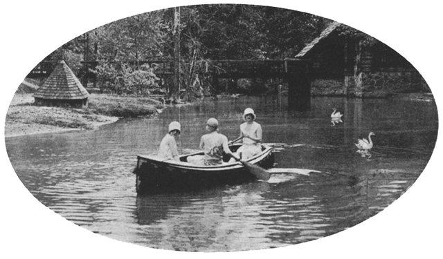 FEAT-Shades-Creek-book3.jpg