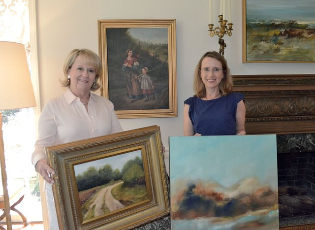 B-COVER---Mother-daughter-artists_2.jpg
