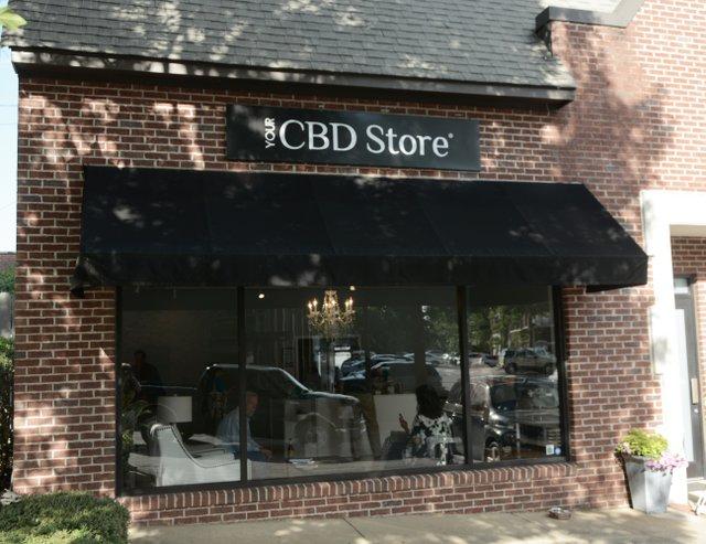 FEAT CBD Store_3.JPG