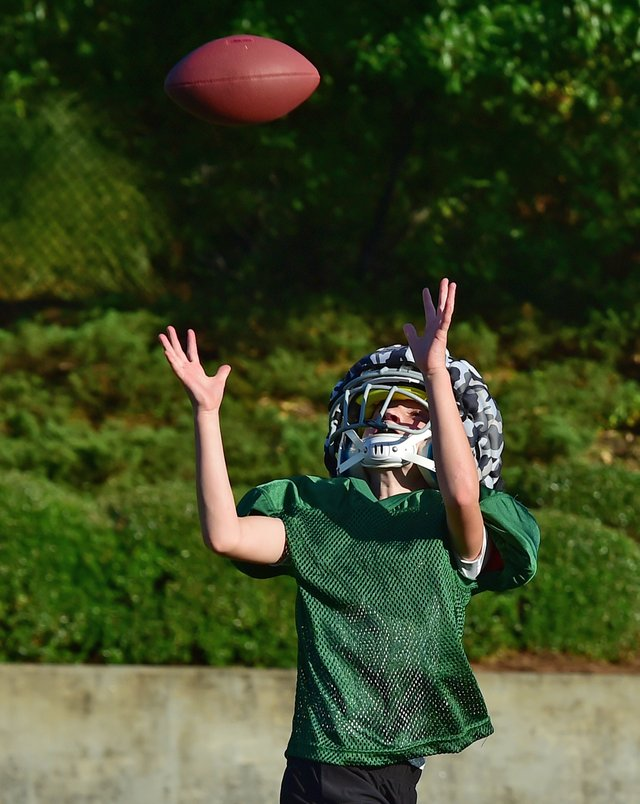 VL-COVER-Youth-Football-Participation_4.jpg