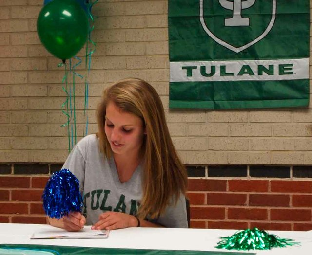Track Signing Emily Bedell