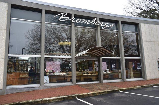 Bromberg's 60th anniversary