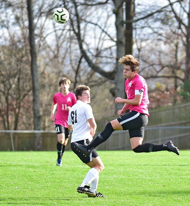 VL-SPORTS-soccer_SparkMtnBrkBSocEN22.jpg
