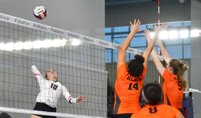 VL-SPORTS-Mountain-Brook-Volleyball-Preview-EN29.jpg