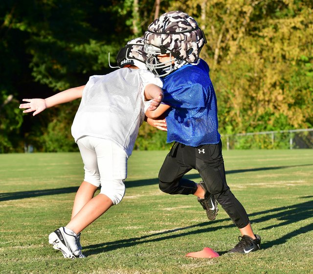 VL-COVER-2-MBA-Youth-Football-EN01.jpg
