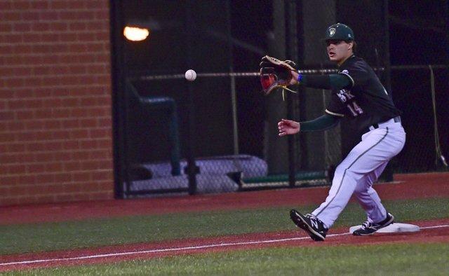 VL-SPORTS-Mountain-Brook-baseball-preview-EN06.jpg