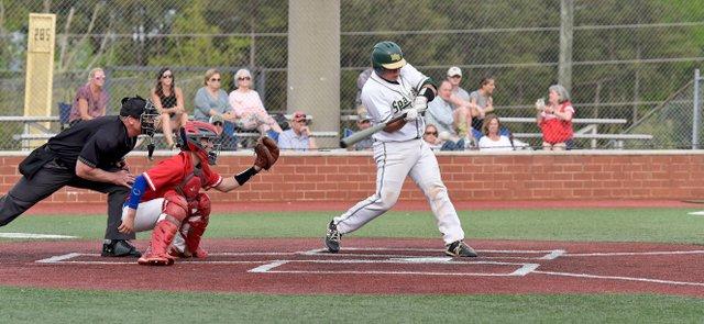 VL-SPORTS-Mountain-Brook-baseball_EN06.jpg