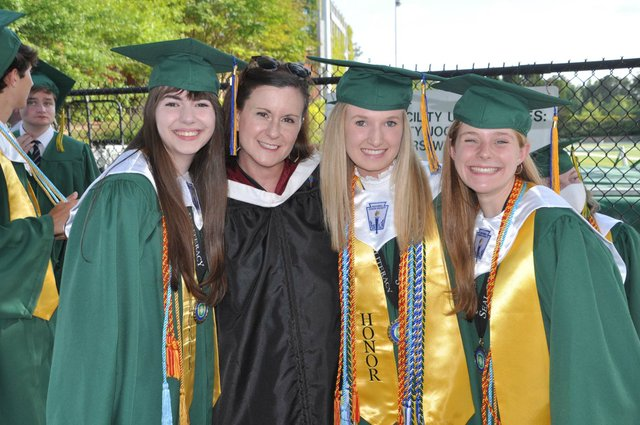 210520_Mtn_Brook_graduation3