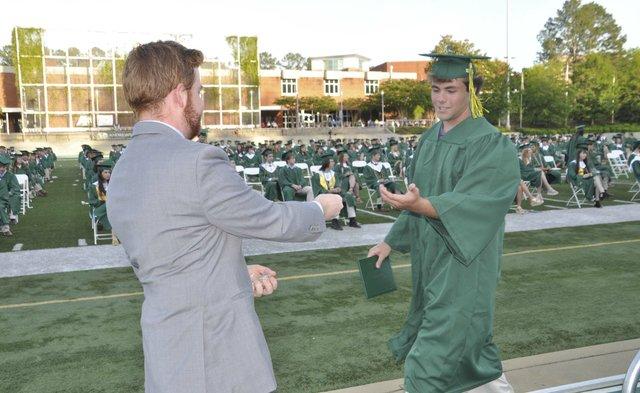 210520_Mtn_Brook_graduation54