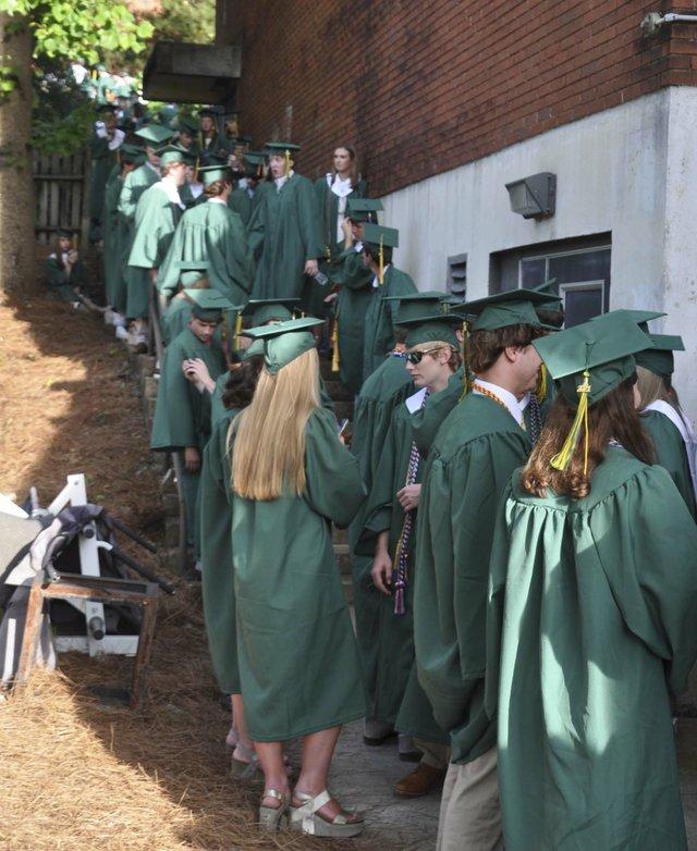 210520_Mtn_Brook_graduation6