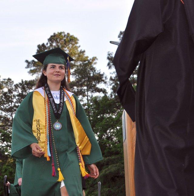 VL-210520_Mtn_Brook_graduation46.jpg