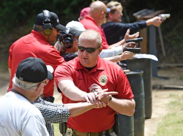 VL-COVER-2-Firearms-Safety-Course_EN01.jpg