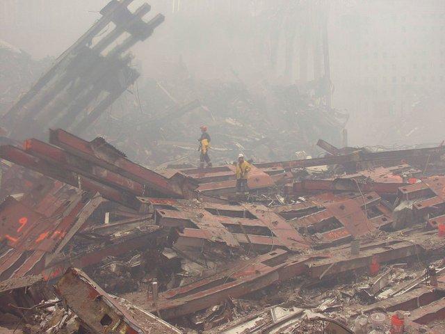 VL-COVER-9-11-WTC_911Attacks02.jpg
