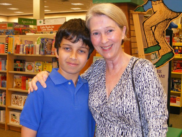 Barnes & Noble-My Favorite Teacher 001.jpg