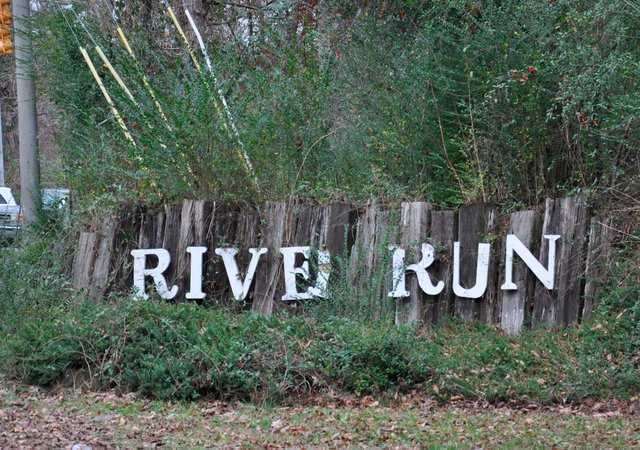River Run Sign Cahaba River Park