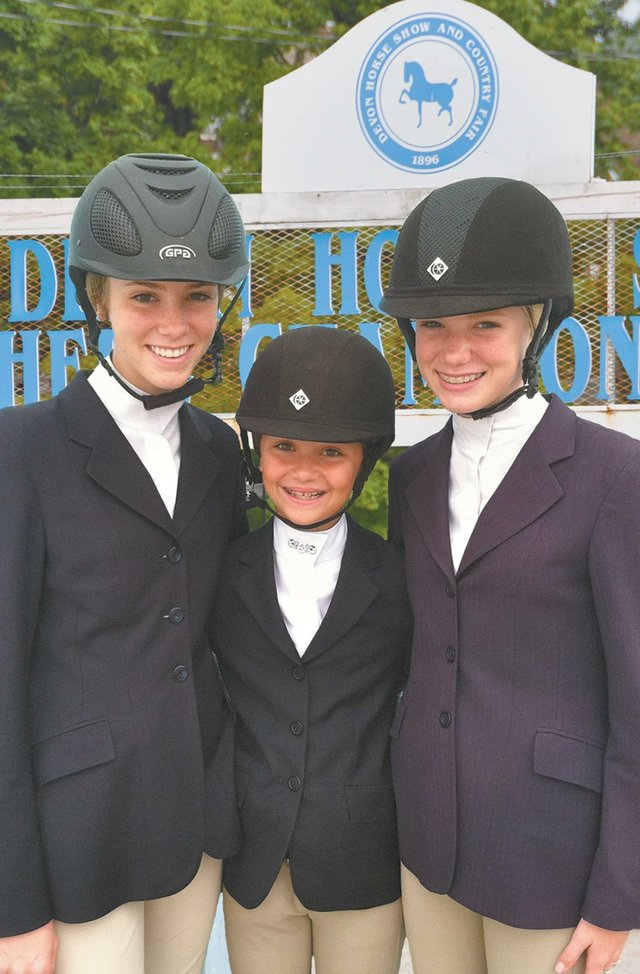 Mountain Brook girls compete in prestigious horse show