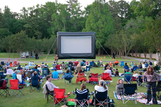 Botanical Gardens Flicks Among the Flowers Movie