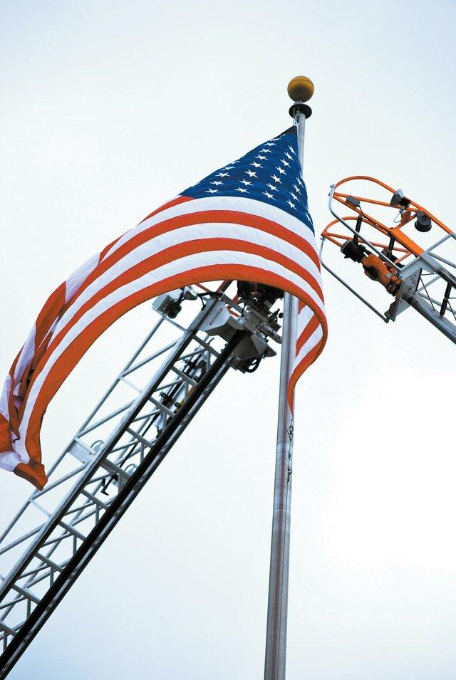 0912 911 American flag
