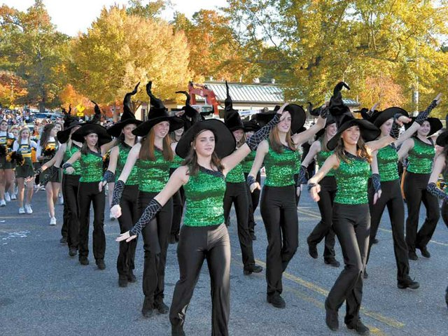 1012 Mystics Halloween Parade Dorians