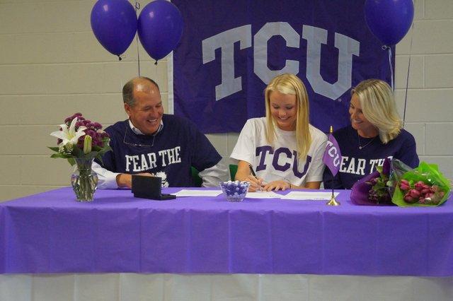 Frances Patrick signs with TCU