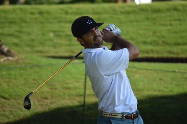 VL CSUN COMM AGA Golfers - 2.jpg