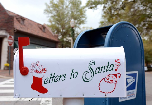 VL-FEAT-Letters-to-Santa.jpg