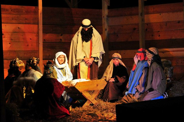 Living-Nativity.jpg
