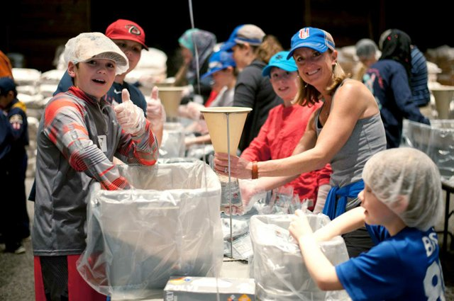 VL-EVENTS-Canterbury-Meal-Packing2.jpg