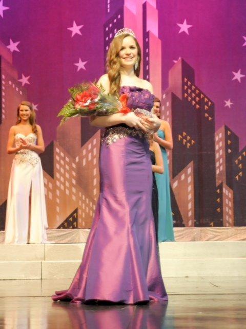 0213 Miss Olympian 2013